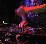 最新上传「香港DJ」兰桂坊夜店爆炸电音高潮版弹跳CD跳舞现场大碟专辑图片
